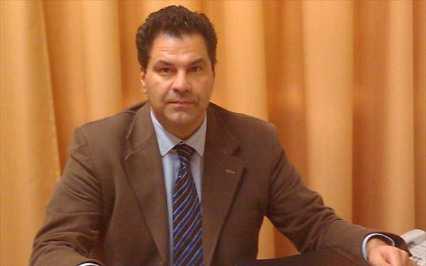 Γ. Στεργίου: «Εξετάζεται η δημιουργία τηλεφωνικού αριθμού για καταγγελίες σχετικά με παραεμπόριο» | tovima.gr