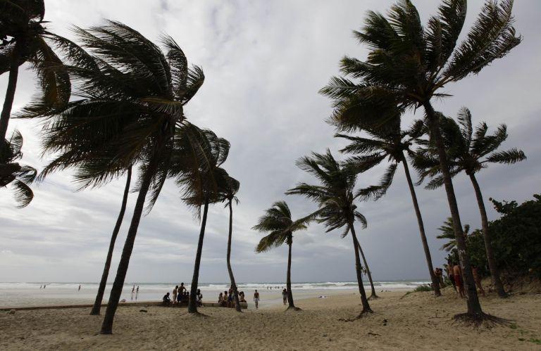 HΠΑ: η τροπική καταιγίδα «Ισαάκ» κατευθύνεται προς Φλόριντα   tovima.gr