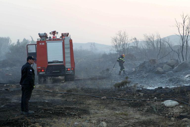 Μεγάλη φωτιά στην Ασπροβάλτα, εκκενώθηκε οικισμός | tovima.gr