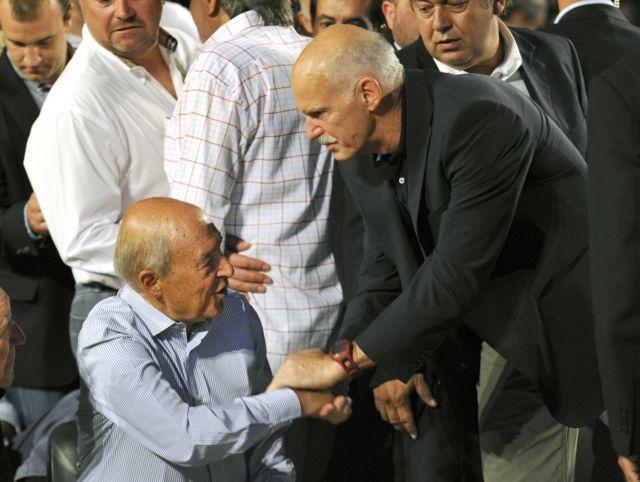 Ο Γ. Παπανδρέου απαντά στην κριτική Σημίτη: «Κρίνουν τώρα εκ του ασφαλούς» | tovima.gr