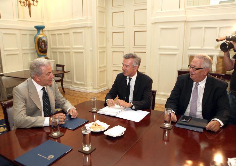 ΣΕΤΕ: 16 εκατ. διεθνείς αφίξεις, 10 δισ. ευρώ τα έσοδα το 2012 | tovima.gr