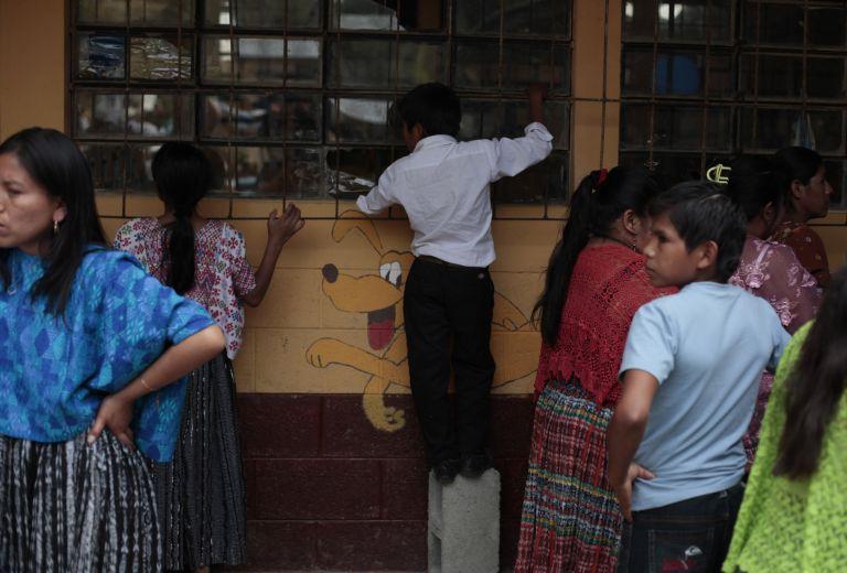 Γουατεμάλα: Εκαψαν ζωντανό το δολοφόνο δύο παιδιών   tovima.gr