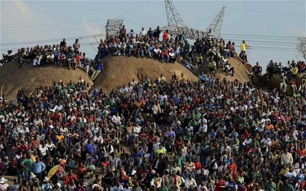 Ν. Αφρική: Απειλούν με γενική απεργία οι μεταλλωρύχοι | tovima.gr