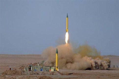 Ιράν: απειλεί με καταιγισμό πυραύλων σε ενδεχόμενη ισραηλινή επίθεση   tovima.gr
