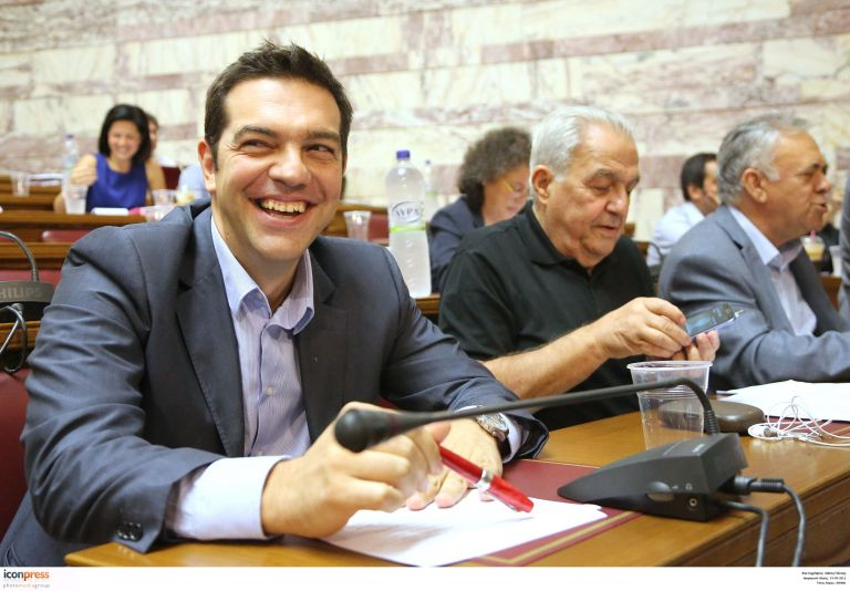 Για «δήθεν λεονταρισμούς» καταγγέλλει ο ΣΥΡΙΖΑ τους αρχηγούς | tovima.gr
