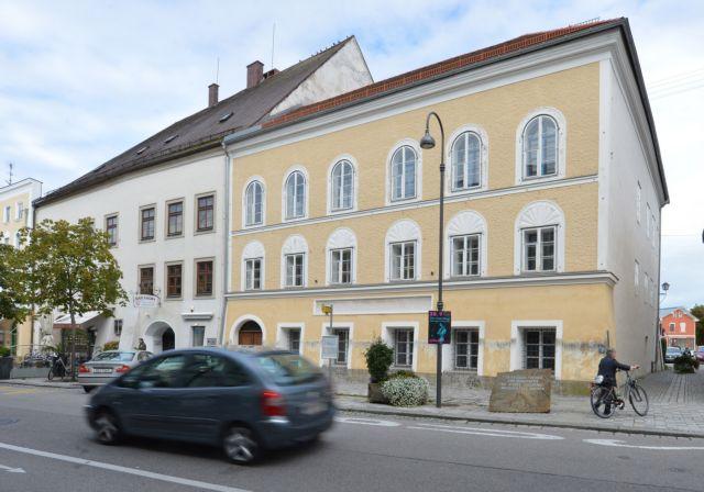 Αυστρία: Οχι στην απαλλοτρίωση του σπιτιού του Χίτλερ από την ιδιοκτήτρια   tovima.gr