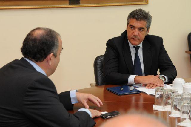 Συνάντηση Κ. Μουσουρούλη με έλληνες εφοπλιστές στο Λονδίνο | tovima.gr