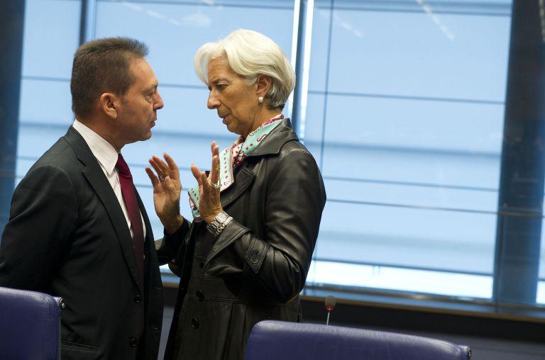 Το ΔΝΤ απειλεί να κόψει τη χρηματοδότηση στην Ελλάδα   tovima.gr