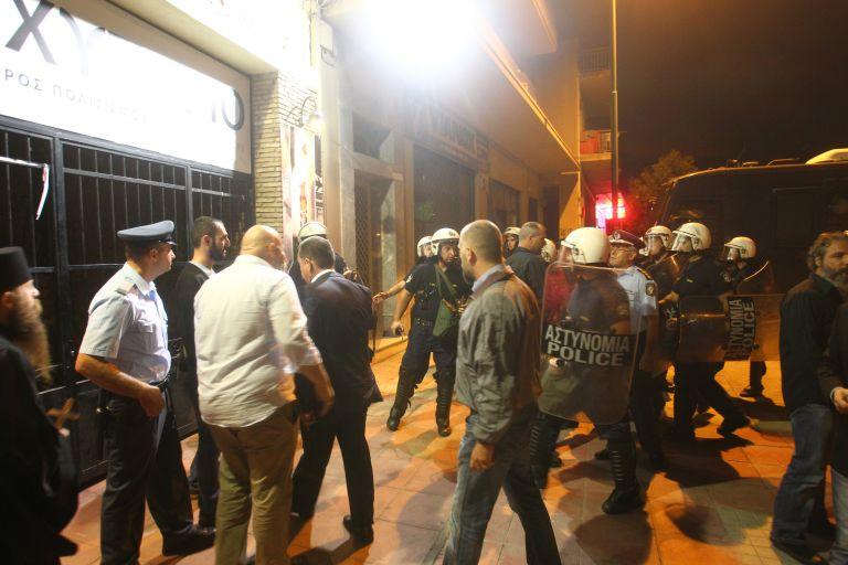 Δημοσιογράφος ξυλοκοπείται από την Χρυσή Αυγή | tovima.gr