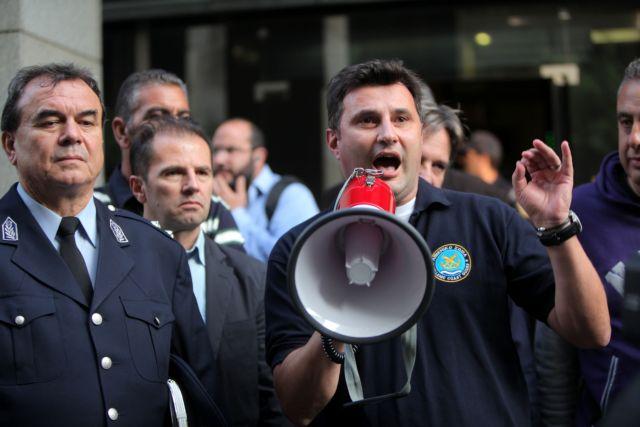 Τροπολογία για τα μισθολογικά των ενστόλων | tovima.gr