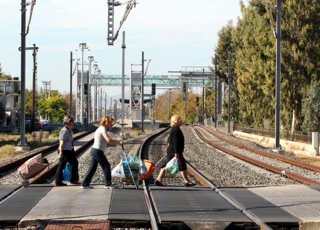 Ανοίγει ο σιδηροδρομικός σταθμός του Ταύρου για τον προαστιακό | tovima.gr
