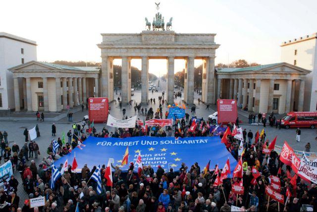 Νόαμ Τσόμσκι: Συνασπισμός των Νοτίων μέσα στο ευρώ | tovima.gr
