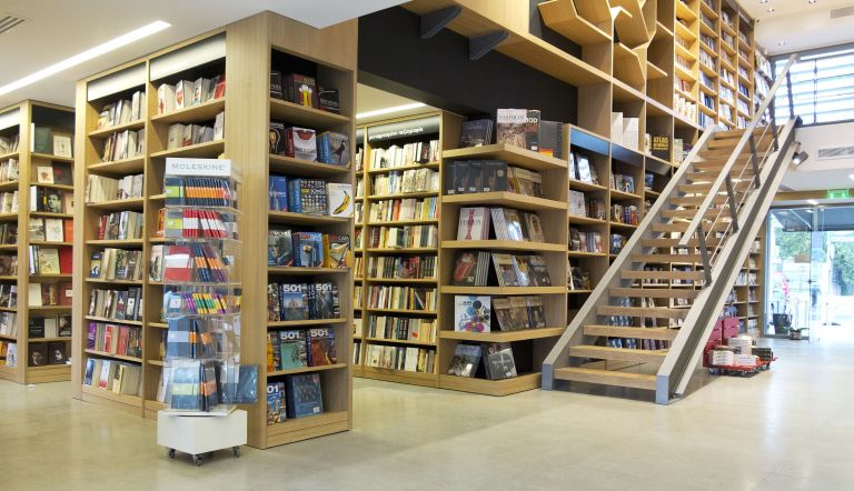 Για να σωθεί το καλό βιβλίο πρέπει να μειωθεί η τιμή του | tovima.gr
