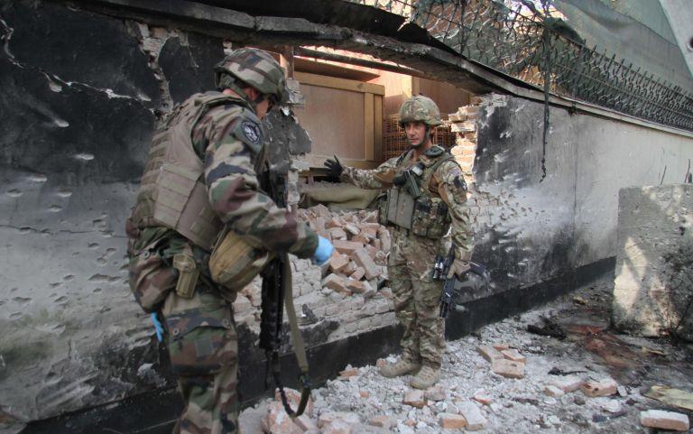 Καμπούλ: Οι ταλιμπάν ανέλαβαν την ευθύνη για την επίθεση αυτοκτονίας | tovima.gr