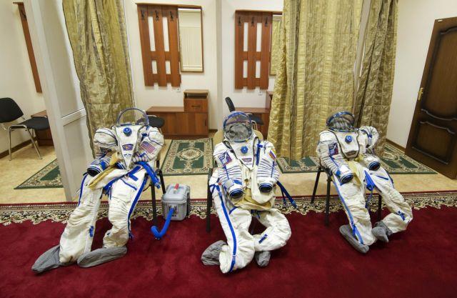 Η Ρωσία ζητά κοσμοναύτες για αποστολή στη Σελήνη | tovima.gr