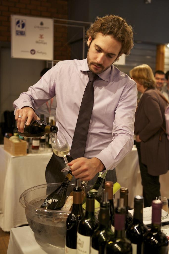 Μια έκθεση για το κρασί | tovima.gr