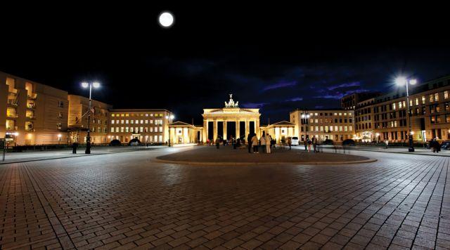 Προεόρτιο Βερολίνο | tovima.gr