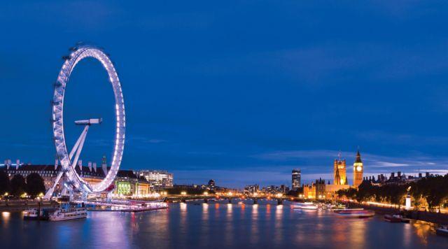 Πεφωτισμένο Λονδίνο   tovima.gr