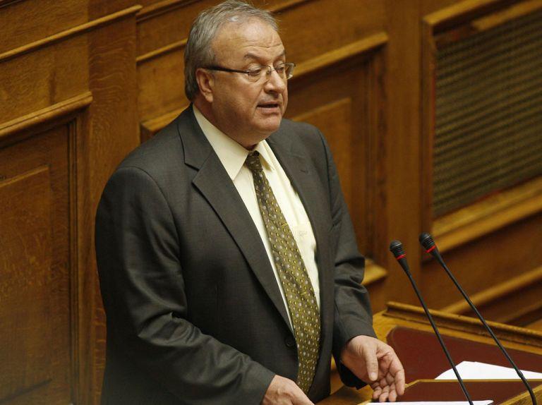 Λ. Γρηγοράκος: «Αν καταψηφιστεί η συμφωνία από τον ΣΥΡΙΖΑ, θα ζητήσουμε σχηματισμό νέας κυβέρνησης από την ίδια Βουλή, χωρίς τον κ. Τσίπρα πρωθυπουργό» | tovima.gr