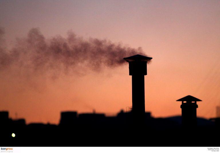 Τα τζάκια της Αθήνας σκοτώνουν | tovima.gr