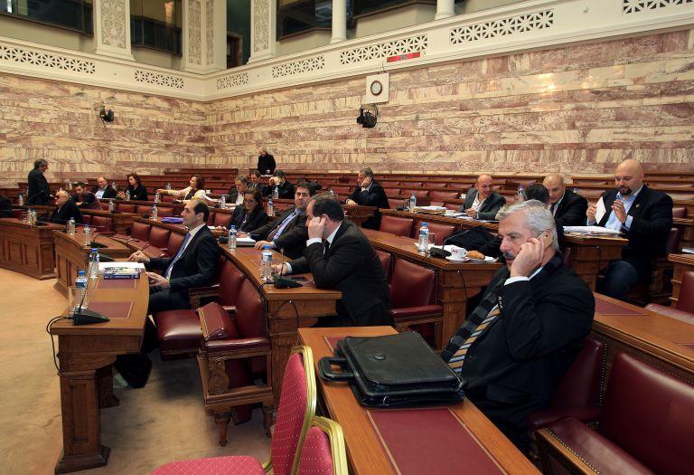Καβγάς στη Βουλή για φόρους και πετρέλαιο θέρμανσης | tovima.gr