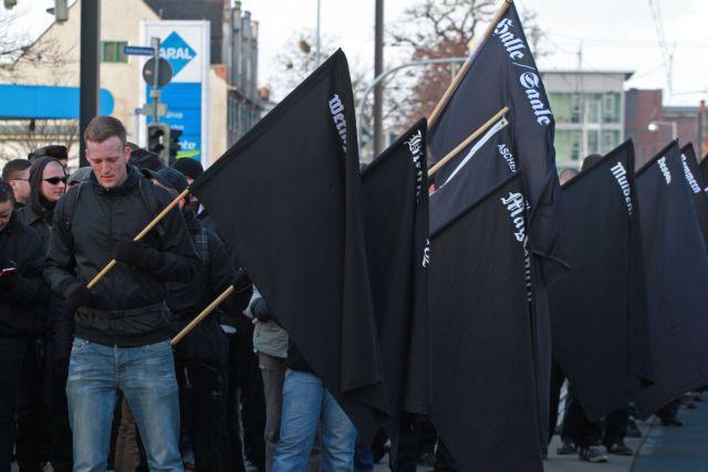 Spiegel: «Η Χρυσή Αυγή έχει επαφές με νεοναζί στη Βαυαρία» | tovima.gr