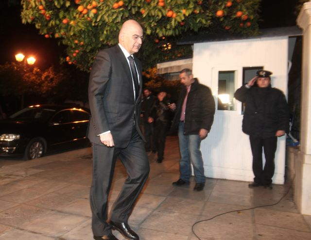 Αντιπαράθεση για τη δήλωση Δένδια περί επιστροφής του ΣΥΡΙΖΑ στη νομιμότητα | tovima.gr