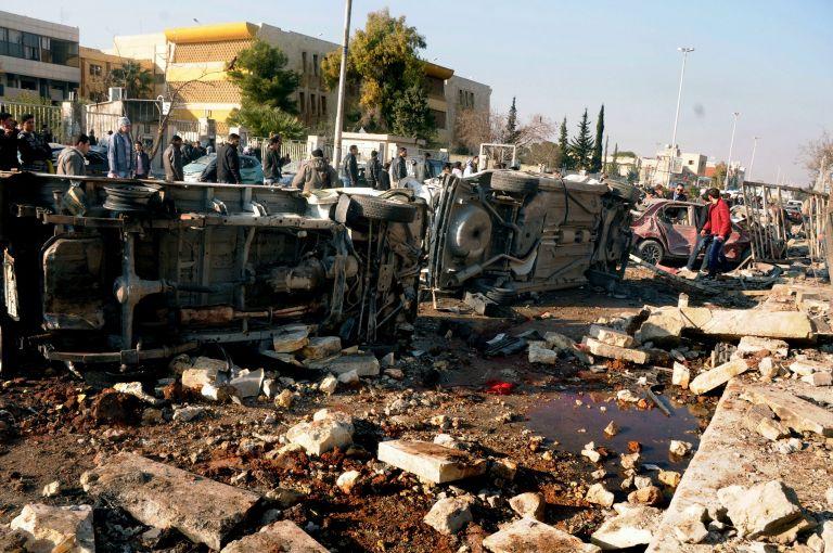 Συρία: Δεκάδες νεκροί από έκρηξη βυτιοφόρου στην πόλη Αζάζ   tovima.gr