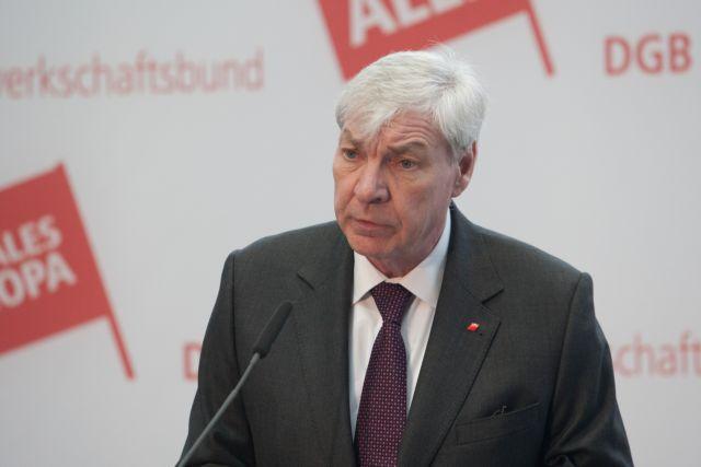 Μίχαελ Σόμερ: Οι Ελληνες δεν χρειάζονται πακέτα βοήθειας αλλά άλλη πολιτική | tovima.gr