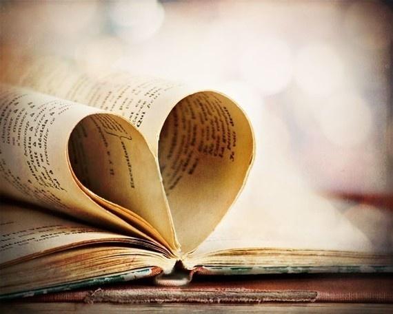 Κερδίστε τρία βιβλία με LIKE στη σελίδα της εκπομπής «Βουτιά στα #socialmedia» | tovima.gr