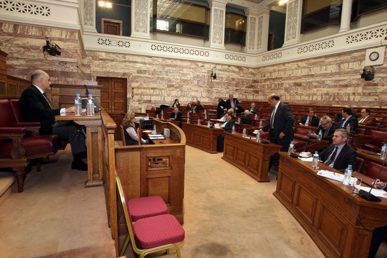 Την παραίτηση Δένδια ζήτησε ο ΣΥΡΙΖΑ για τα περί νομιμότητας | tovima.gr