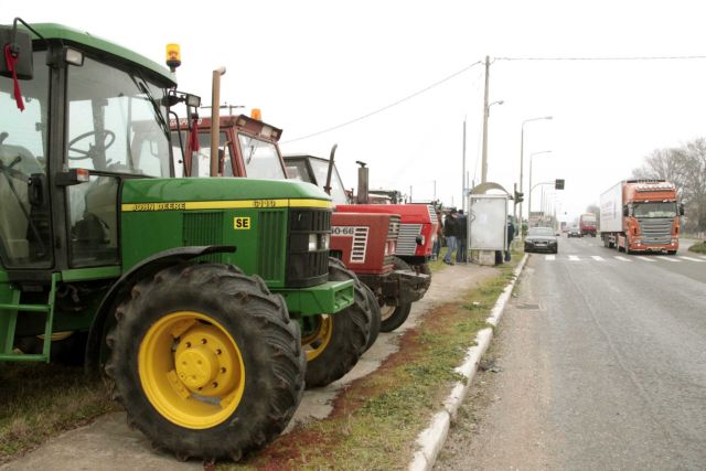 Farmers vow to support the blockades in Larissa and Imathia | tovima.gr