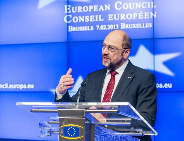 «Για να σώσουμε τις τράπεζες ίσως χάσουμε μία γενιά», λέει ο Σουλτς | tovima.gr