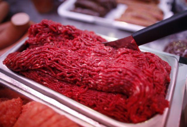 Πειραιάς: Κατασχέθηκαν ακατάλληλα προϊόντα κρέατος | tovima.gr