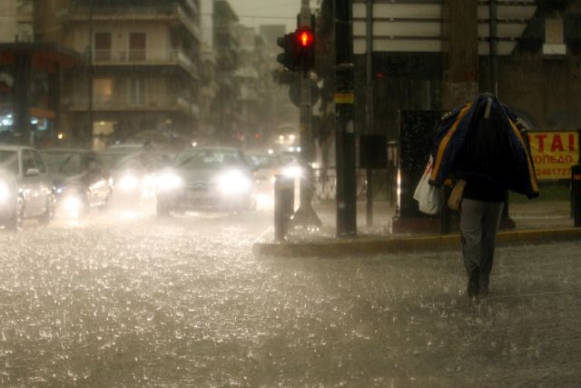 Violent thunderstorms in Peloponnesus this morning   tovima.gr