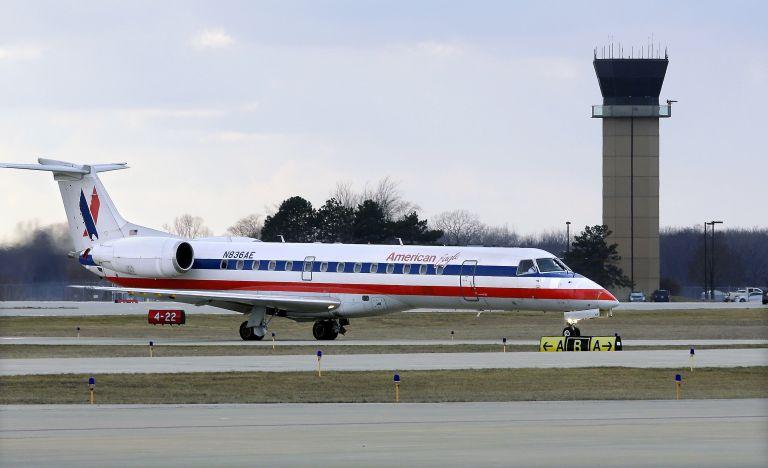 Πιλότος αμερικανικής εταιρείας πέθανε εν πτήσει | tovima.gr