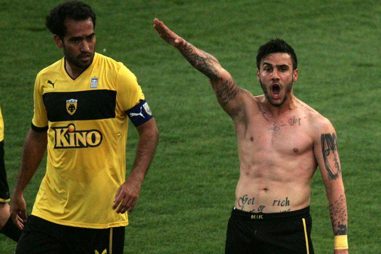 Με ένα τατουάζ παραδέχθηκε το λάθος του ο Γιώργος Κατίδης!   tovima.gr