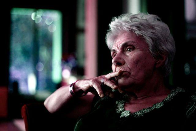 Κική Δημουλά: Φθαρτό σώμα, πάσχουσα χώρα | tovima.gr