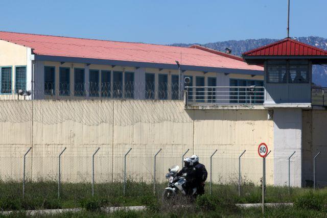 Εξαρθρώθηκε κυκλώματος διακίνησης ναρκωτικών στη Λάρισα | tovima.gr