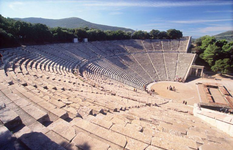 Αρχαίο θέατρο Επιδαύρου: Πρώτο στην ακουστική και με τη βούλα   tovima.gr