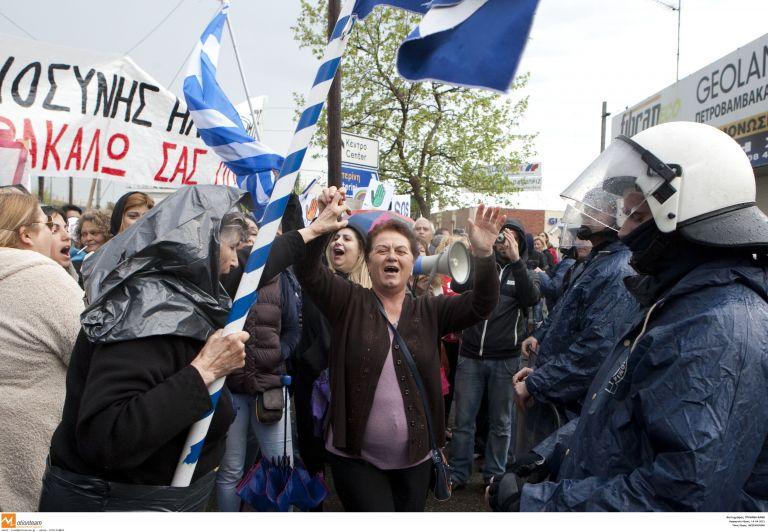 Συμπαράσταση 20 βουλευτών του ΣΥΡΙΖΑ στους κατοίκους της Ιερισσού | tovima.gr