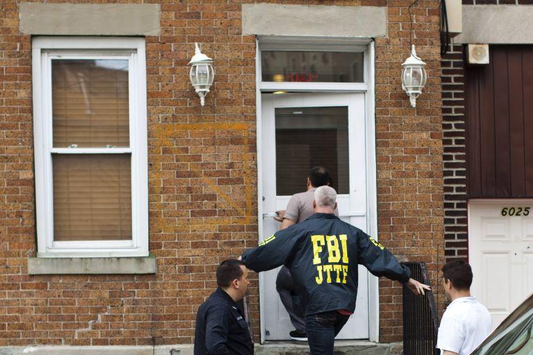 Guardian: Σε γνώση του FBI οι συνομιλίες με ISIS για τον Κάσιγκ | tovima.gr