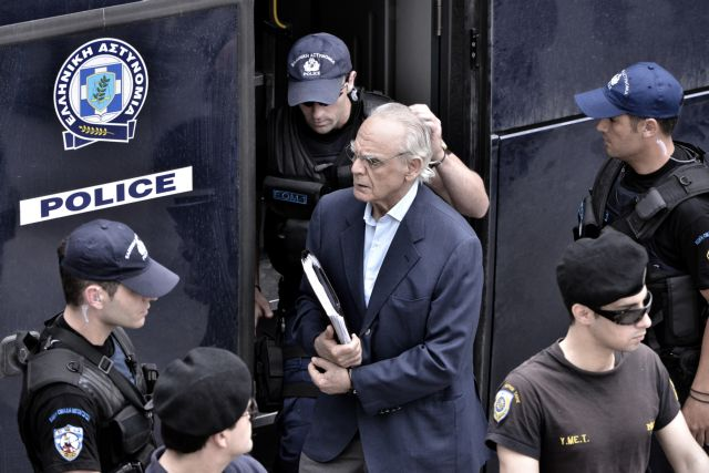 Tsohatzopoulos interrupts trial with constant interventions   tovima.gr