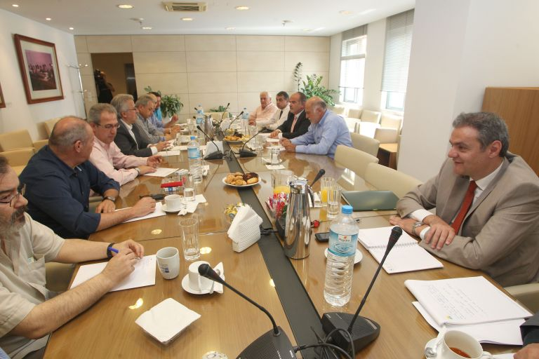Second meeting for national Collective Labor Agreement under way | tovima.gr