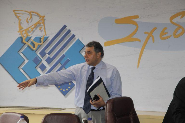 ΕΣΕΕ: πλήγμα για τους εμπόρους η εξαίρεση από τις ρυθμίσεις για τα δάνεια | tovima.gr