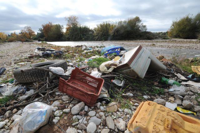 Έκλεισαν 5 χωματερές, παραμένουν 73 ενεργές και αναμένεται «καμπάνα» της ΕΕ   tovima.gr