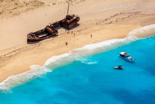 Νεκρός αμερικανός τουρίστας βρέθηκε στην παραλία του Ναυαγίου   tovima.gr