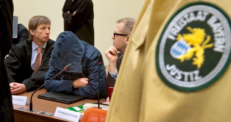 Γερμανία: Ενα πρώην μέλος αποκαλύπτει τη δράση των νεοναζί   tovima.gr