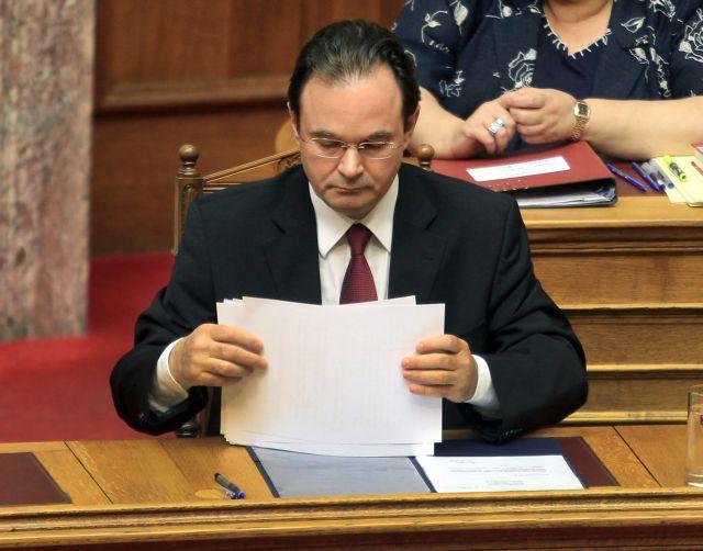 Papakonstantinou requests August 10th deadline | tovima.gr