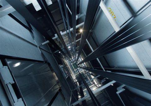 Σχοινί από ανθρακόνημα για ανελκυστήρες στον ουρανό | tovima.gr